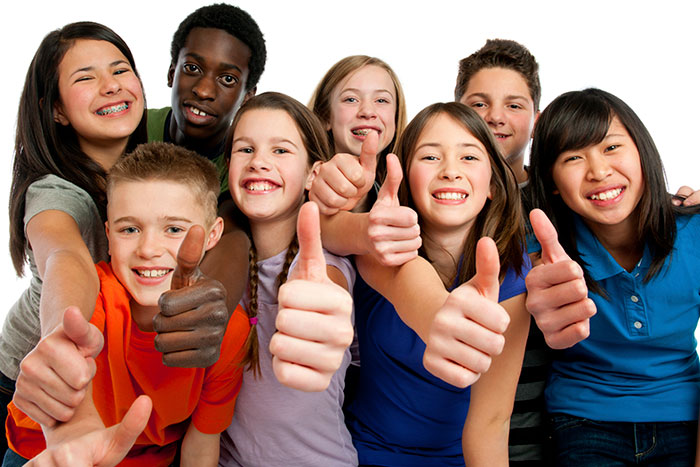 Preteen-thumbs-up-group-WPS